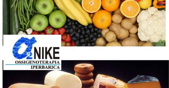 """""""Strategie dietetiche per la prevenzione e il trattamento dell'obesità"""". Differenza tra cibo e prodotti alimentari."""